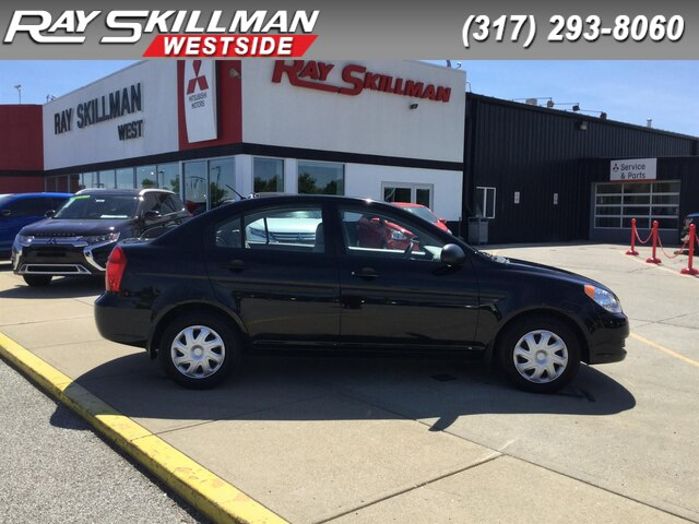 Pre-Owned 2009 Hyundai Accent AUTO GLS